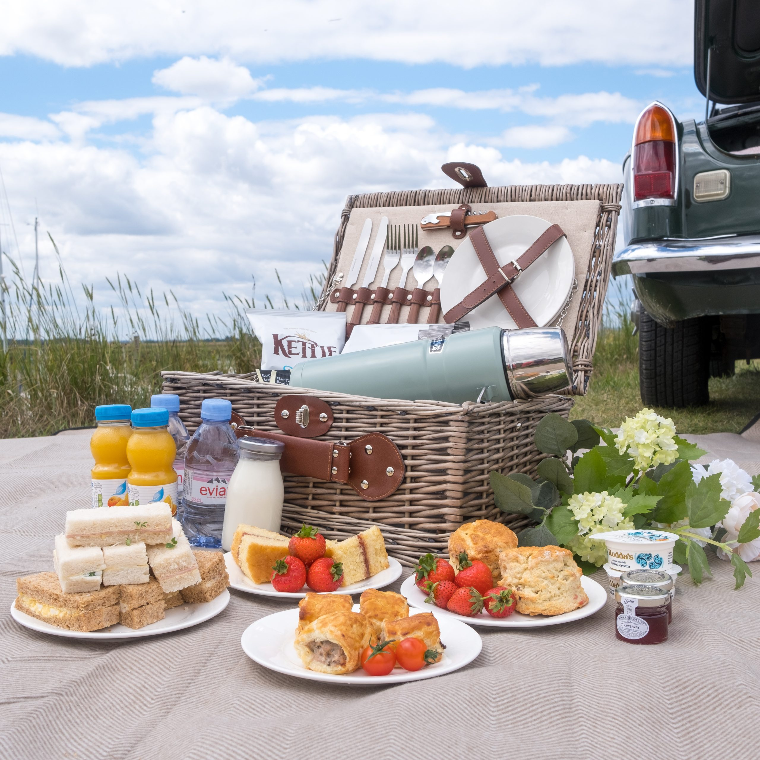 Homepage Picnic Hamper